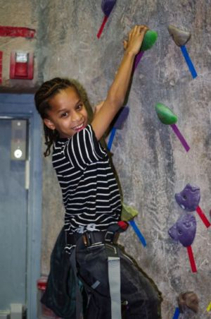 Indoor-Rock-Climbing-23