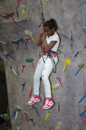 Indoor-Rock-Climbing-31