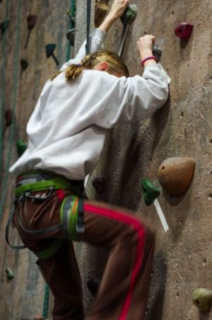 Indoor-Rock-Climbing-7