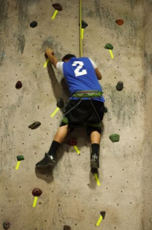 Indoor-Rock-Climbing-8